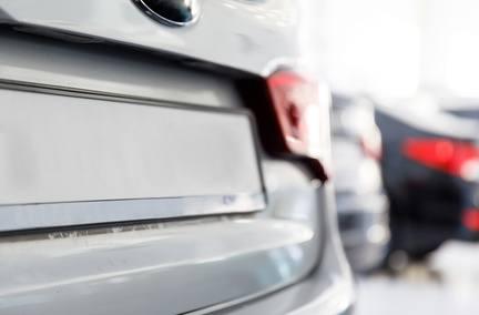 Ventes automobiles : encore une forte baisse en février