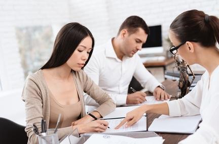 Assurance de prêt : contrat groupe ou délégation pour un couple de cadres?