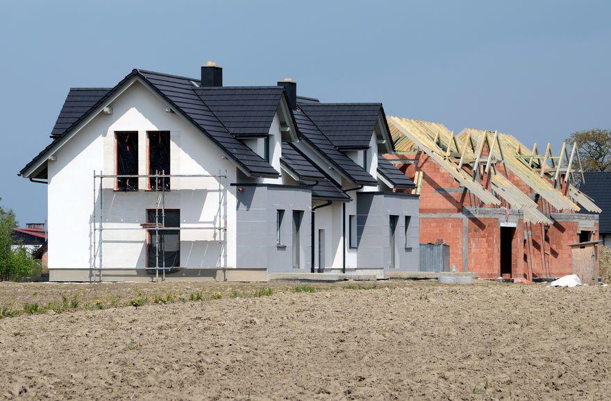 Construction de logements : pourquoi en manque-t-on en France?