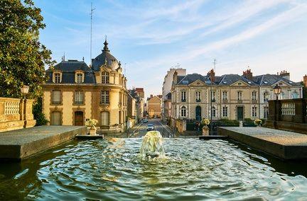 Prix de l'immobilier : Paris au ralenti, Rennes à grande vitesse