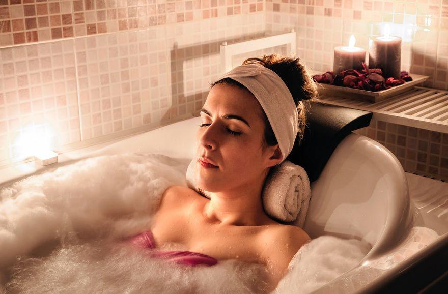 Conso : avec un prêt travaux, transformez votre salle de bain en spa!